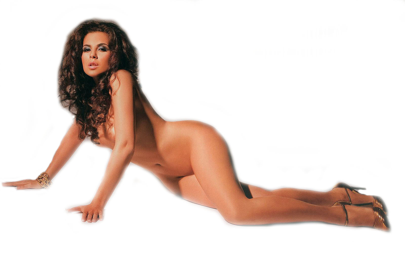 kamenskih-v-pleyboe-seks-krasivie-massazh